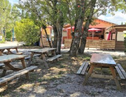 Terrasse ombragée Bar Restaurant